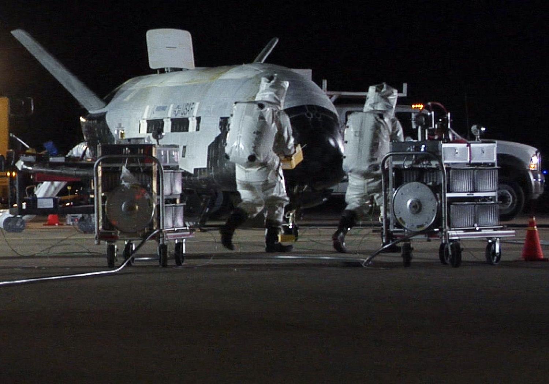 Transborador espacial militar